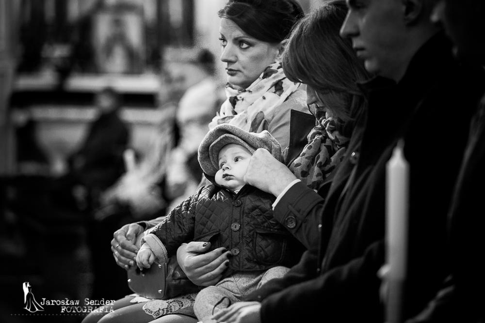 Sala bankietowa Zielony Zakątek reportaż z chrztu Ostrołęka Fotografia Chrztu Świętego Ostrołęka fotografia chrztu Fotograf na chrzest Ostrołęka chrzciny Ostrołęka Ceremonia Chrztu Świętego fotograf jaroslaw sender chrzest swiety ostroleka